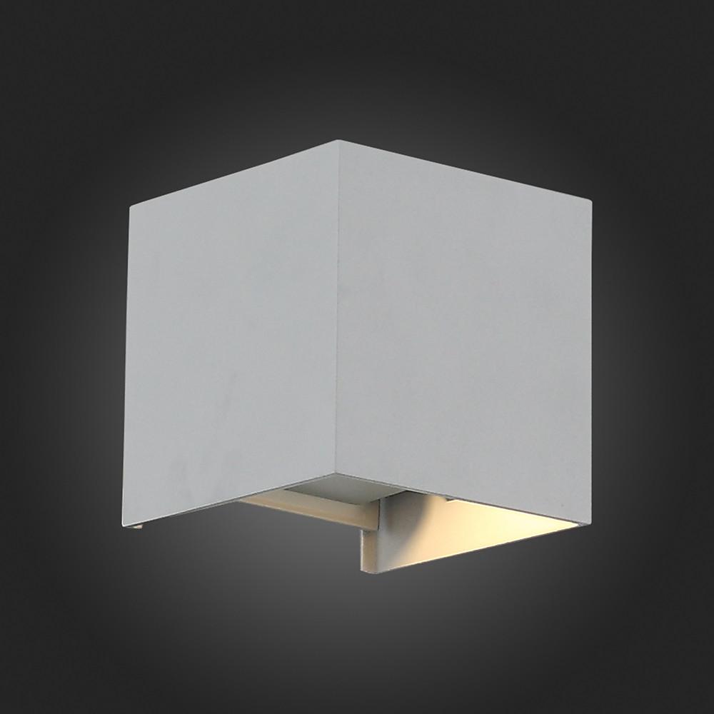 Купить Уличный настенный светильник ST-Luce Staffa SL560.701.02